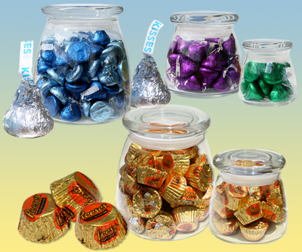 Kisses and Reeses Cups in glass containers